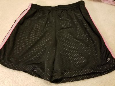 Champion brand athletic lined mesh short Girls Size 14-16