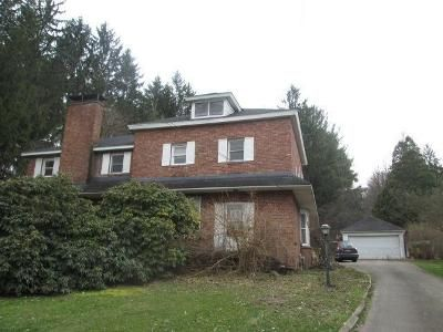 4 Bed 4 Bath Foreclosure Property in Meadville, PA 16335 - Alden St