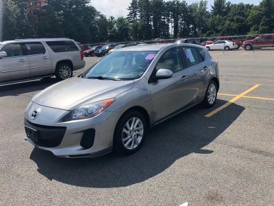 2012 Mazda Mazda3 i Touring (Liquid Silver Metallic)