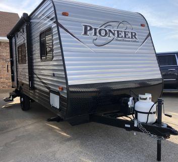 2018 Heartland Pioneer