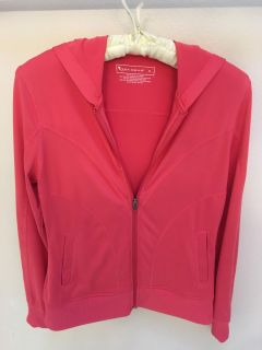 Hooded sweatjacket woman s size small