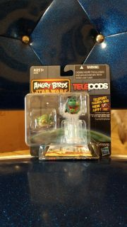 New in package Angry Birds Star Wars Telepods spy Hasbro Yoda bird and Boba Fett Pig. Maybe rare set none online. Asking $18.00
