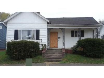3 Bed 1 Bath Foreclosure Property in Ironton, OH 45638 - N 6th St