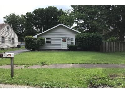 Preforeclosure Property in Taylorville, IL 62568 - N Pershing Ave