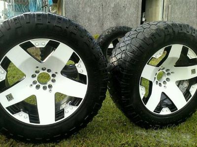 REDUCED CUSTOM PAINTED 20 RIMS AND TIRES