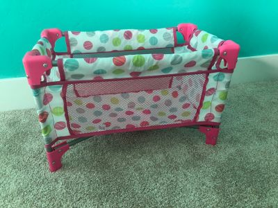 Doll pack n play bed
