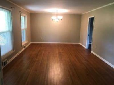 $1,100, 3br, 15109 Faulkner Lake Rd., North Little Rock Ar 72117 - Country Living J