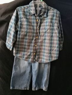 The Children's Place Boys 2-Piece Outfit Size 3T