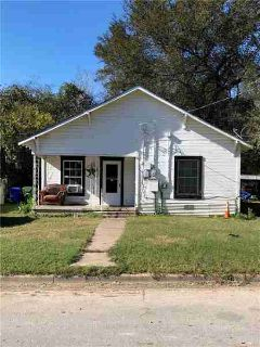 1016 Hood Street Waco One BR, Currently occupied and under