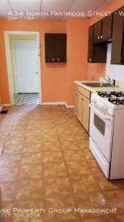 Spacious 2 Bed 1 Bath Unit