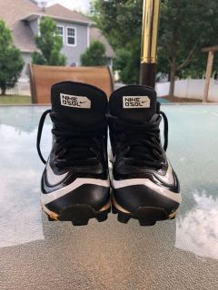 Nike Cleats (Size 11)