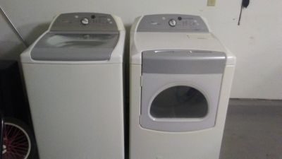 Whirlpool Cabrio Washer and Dryer set will not seperate