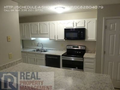Must See 2 Bed / 2 Bath Condo Near Guilford College