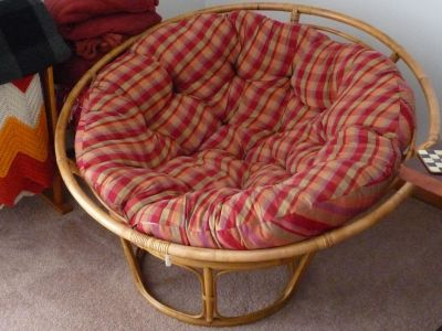 Pier 1 Papasan Chair with 2 Foot Stools