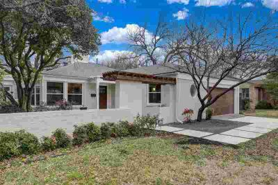 3813 Crestwood Terrace Fort Worth Three BR, Motivated seller and