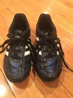 Soccer Cleats (Size 13)