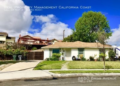 Gardeners Dream Home w/2 Lrg Yards+Gazebo+Remodeled Kitchen+Central A/C-Perfect for Entertaining!