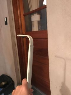 Expandable curtain rod 51 to 80