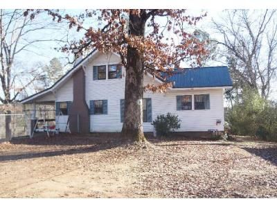 3 Bed 1 Bath Foreclosure Property in Parrish, AL 35580 - 2nd Ave