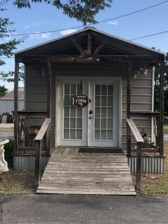 Portable building to be moved /salon/she shed/mancave