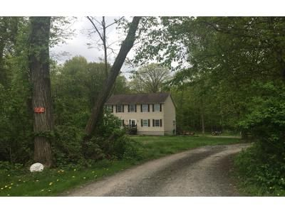 3 Bed 3 Bath Preforeclosure Property in Ulster Park, NY 12487 - Hudson Ln