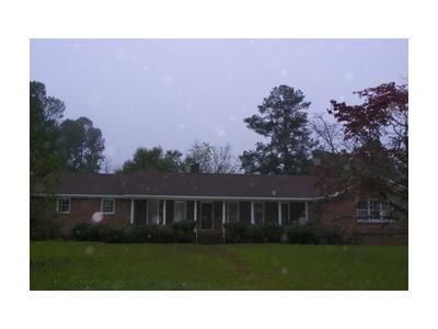 3 Bed 3 Bath Foreclosure Property in Mullins, SC 29574 - E Dogwood Dr