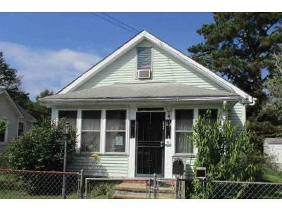 2 Bed 1 Bath Foreclosure Property in Hopewell, VA 23860 - Richmond St