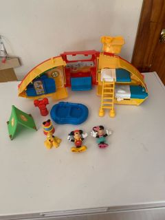 Mickey Mouse camper set