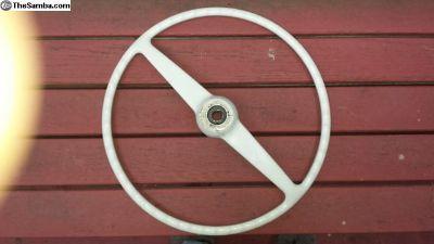 NICE OG ivory steering wheel w/deluxe button