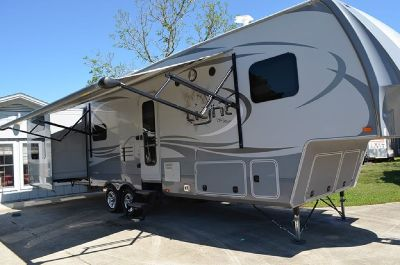 By Owner! 2015 36 ft. Highland Ridge Open Range M-315BHS w/3 slides