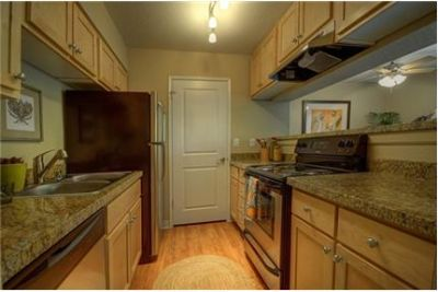 1 bedroom Apartment - Enjoy unparalleled luxurious renovated located in San Ramon, California.
