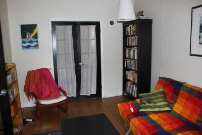 $900, 2br, Two bedroom apartment.