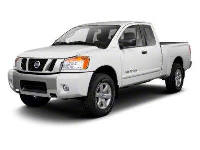 2010 Nissan Titan SE (Galaxy Black Metallic)