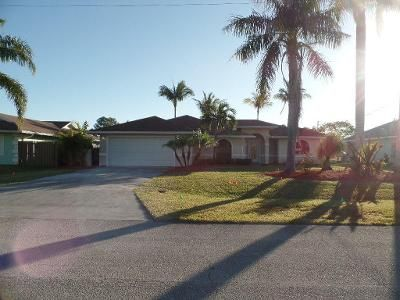 3 Bed 2 Bath Foreclosure Property in Port Saint Lucie, FL 34952 - SE Bowie St