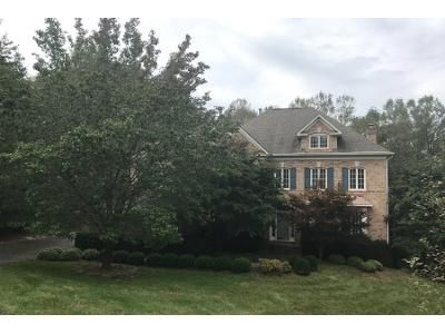 4 Bed 4.5 Bath Preforeclosure Property in Clifton, VA 20124 - Balmoral Heights Pl