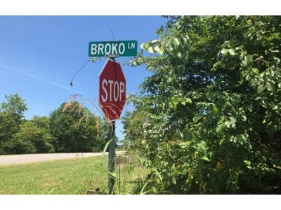 3 Bed 2 Bath Foreclosure Property in Smithfield, KY 40068 - Broko Ln