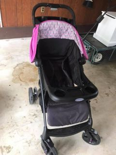 Baby car seat with base and matching stroller