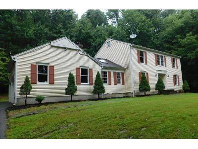 4 Bed 2.5 Bath Foreclosure Property in Great Meadows, NJ 07838 - Quenby Mountain Rd