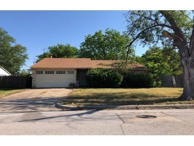 3 Bed 2 Bath Preforeclosure Property in Fort Worth, TX 76140 - Merrimac Dr