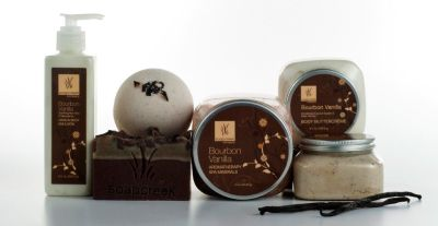 All Natural, Beautiful, & Custom Made To Be Nourishing & Refreshing To Your Skin & Mind