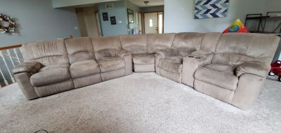 4 reclining sectional