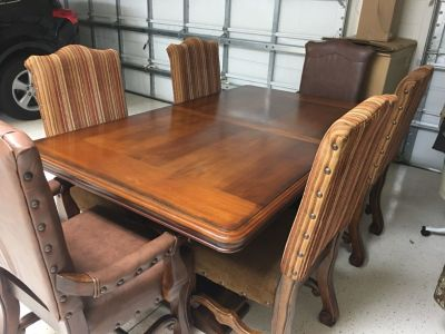 Solid wood dining table w/6 chairs