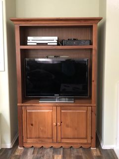 Wood Entertainment Center ( Electronics NOT included!)