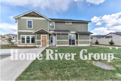 Gorgeous 3 bedroom town home coming soon for rent in NW Meridian!!
