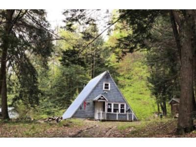 1 Bed 1 Bath Foreclosure Property in Bellows Falls, VT 05101 - Alden Rd