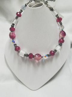 Pretty in pink - handcrafted bracelet