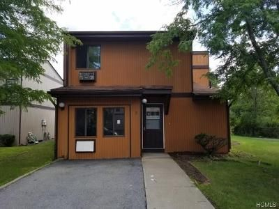 3 Bed 2 Bath Foreclosure Property in Middletown, NY 10940 - Buckingham Mews