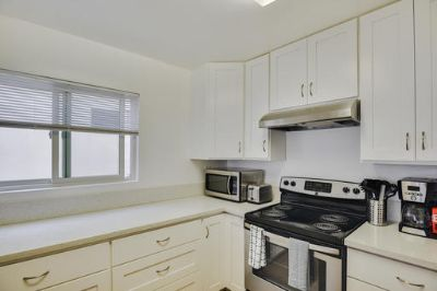 $5820 2 apartment in West Los Angeles