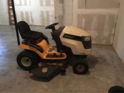 Cub Cadet XLT 1045 Riding Mower