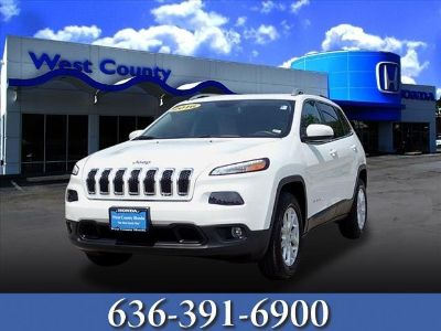 2016 Jeep Cherokee Latitude (Bright White Clearcoat)